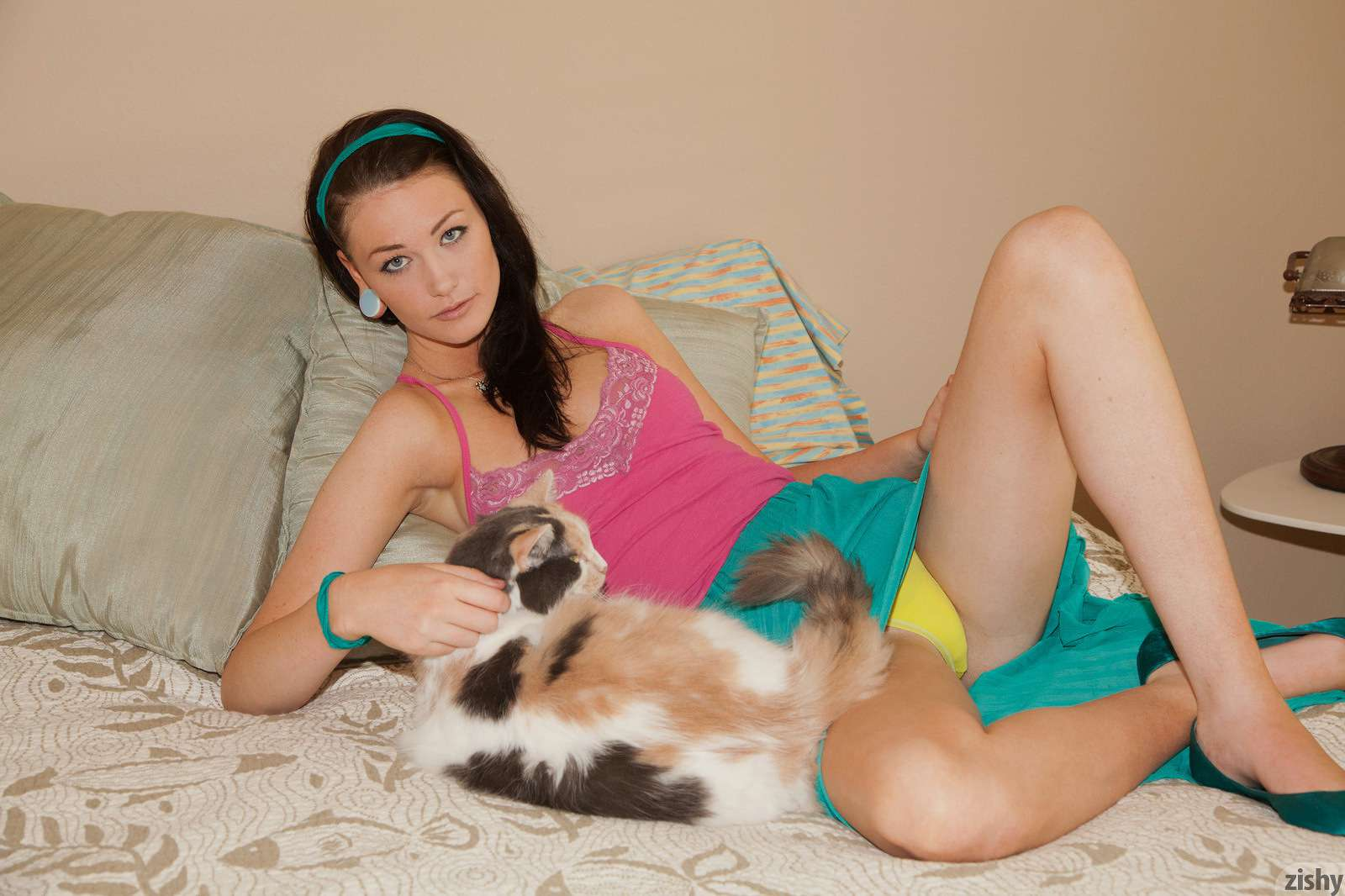 Kelly lamprin trouble with cats