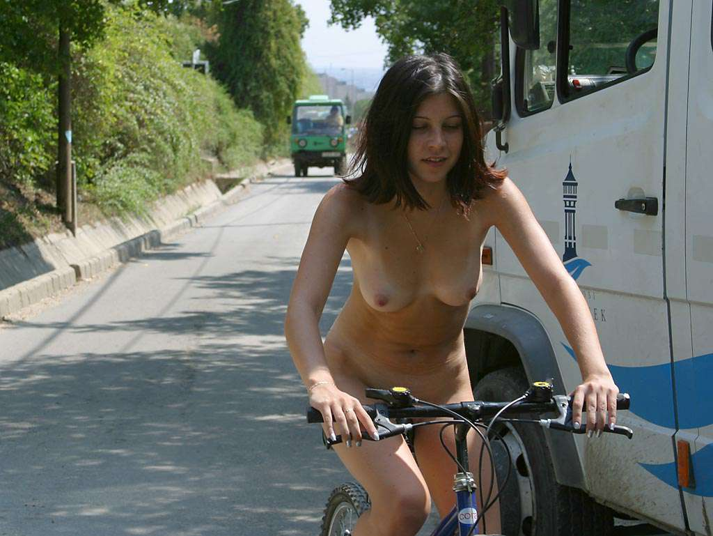 Through the streets on a bicycle